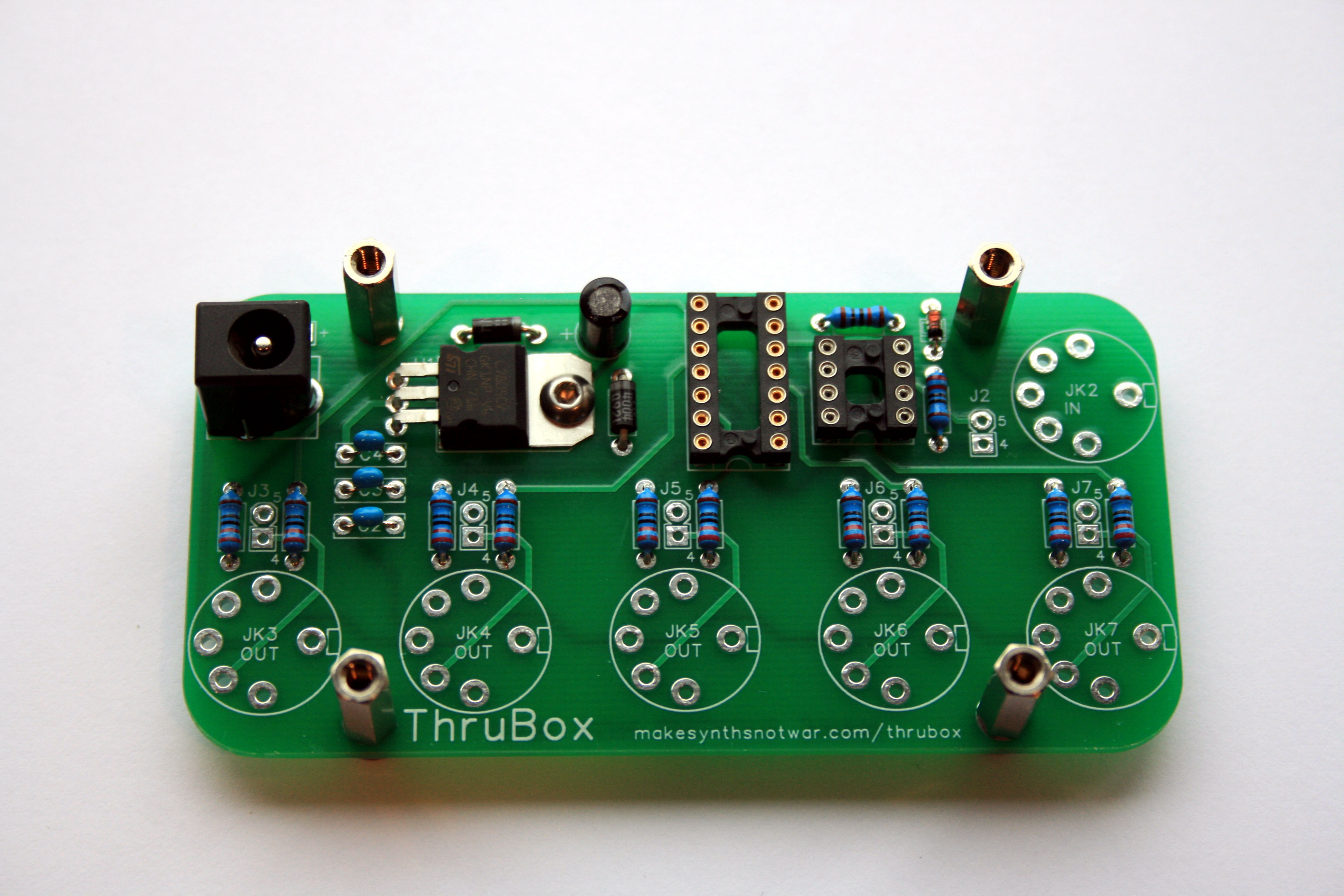 thrubox build instructions \u2013 make synths not warjk1 will only fit one way \u2013 note how the pin arrangement is \u201ckeyed\u201d don\u0027t be tempted to solder it into place immediately, though \u2013 we have to ensure it